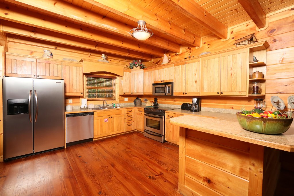 Photo of a Sevierville Cabin named Southern Hospitality - This is the twentieth photo in the set.