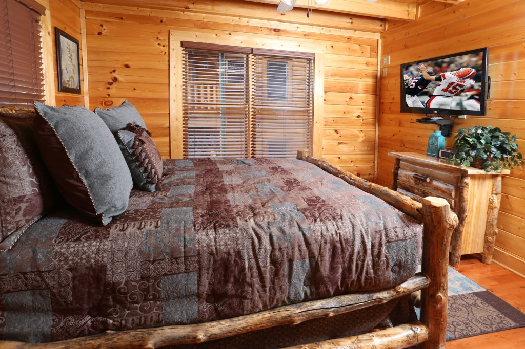 Photo of a Sevierville Cabin named Mountain Dreams - This is the twentieth photo in the set.