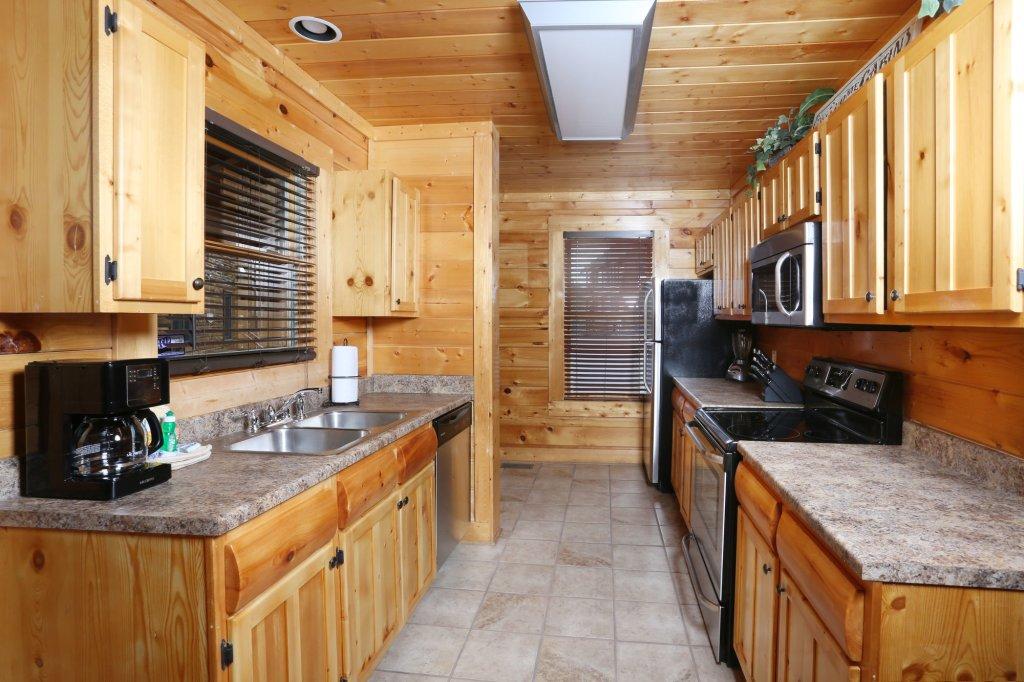 Photo of a Sevierville Cabin named Mountain Dreams - This is the sixteenth photo in the set.