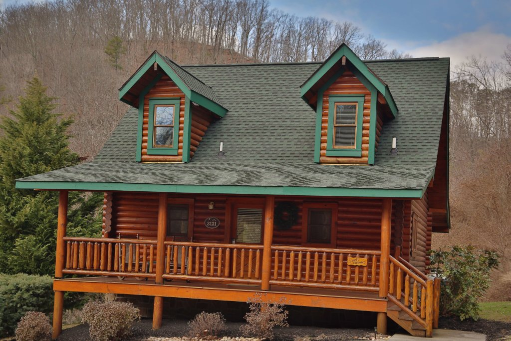 Photo of a Pigeon Forge Cabin named Smoky Cascades - This is the first photo in the set.