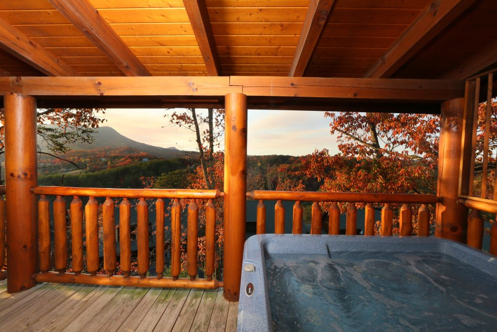 Photo of a Pigeon Forge Cabin named Arden Hill - This is the second photo in the set.