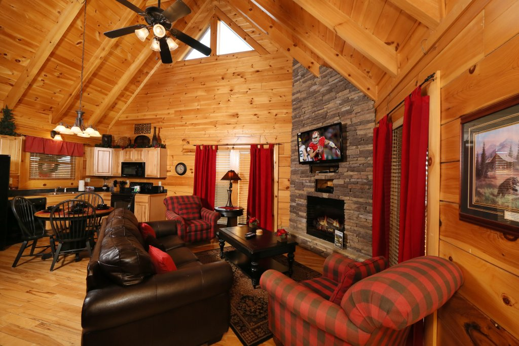 Photo of a Pigeon Forge Cabin named Arden Hill - This is the fourteenth photo in the set.