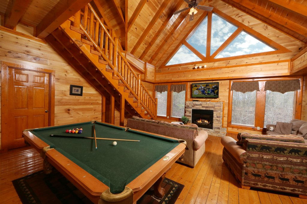 Photo of a Sevierville Cabin named Smoky Mountain Cinema - This is the tenth photo in the set.