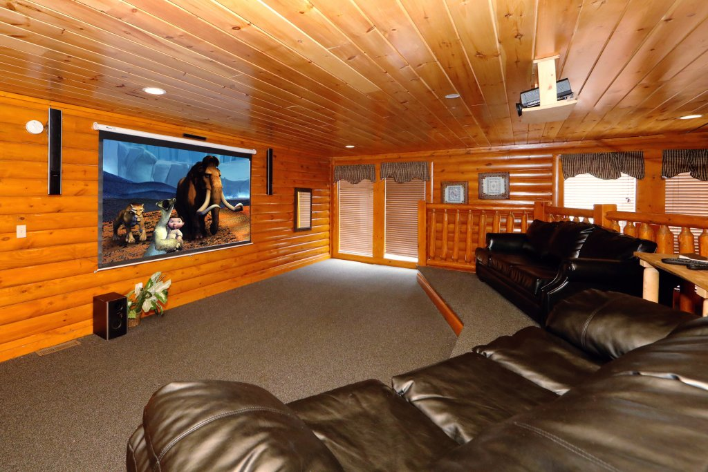 Photo of a Sevierville Cabin named Smoky Mountain Cinema - This is the seventeenth photo in the set.