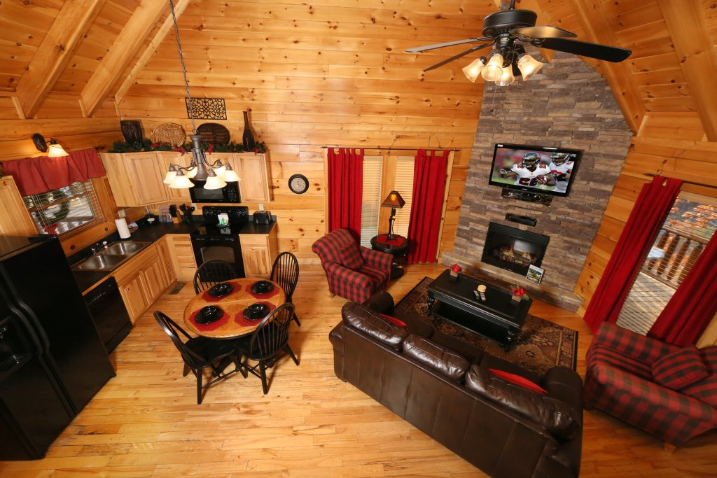 Photo of a Pigeon Forge Cabin named Arden Hill - This is the thirteenth photo in the set.