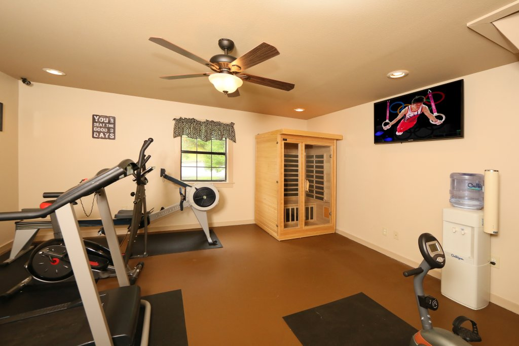 Photo of a Pigeon Forge Condo named Poplar Point Condo Unit 12b - This is the twentieth photo in the set.