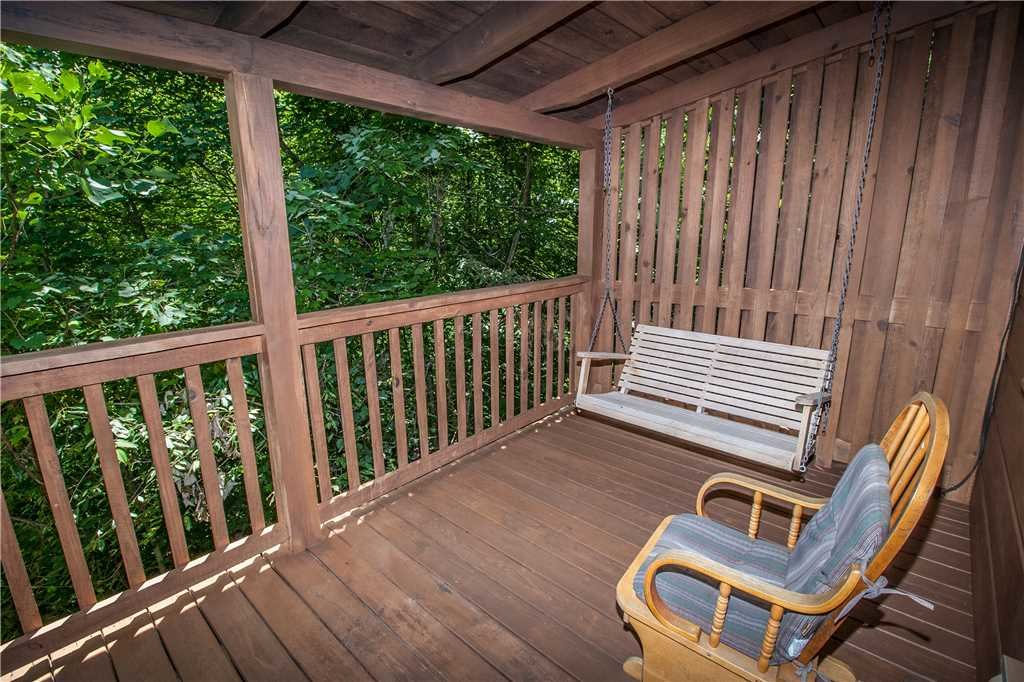 Photo of a Gatlinburg Cabin named Lover's View - This is the eighth photo in the set.