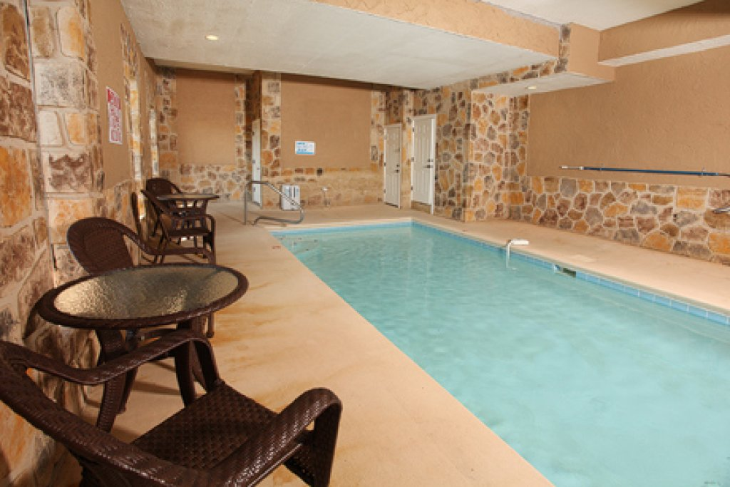 Photo of a Sevierville Cabin named Paradise Mountain Pool Lodge - This is the first photo in the set.