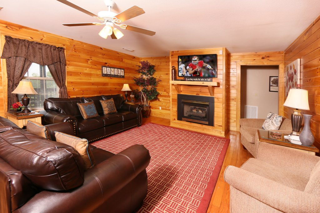 Photo of a Pigeon Forge Chalet named Pinnacle View 7b - This is the tenth photo in the set.