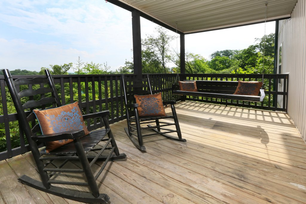 Photo of a Pigeon Forge Chalet named Pinnacle View 7b - This is the eighth photo in the set.