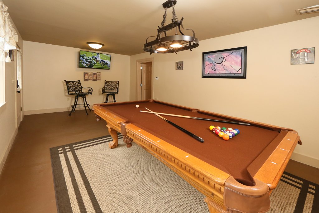 Photo of a Pigeon Forge Chalet named Pinnacle View 7b - This is the thirty-first photo in the set.