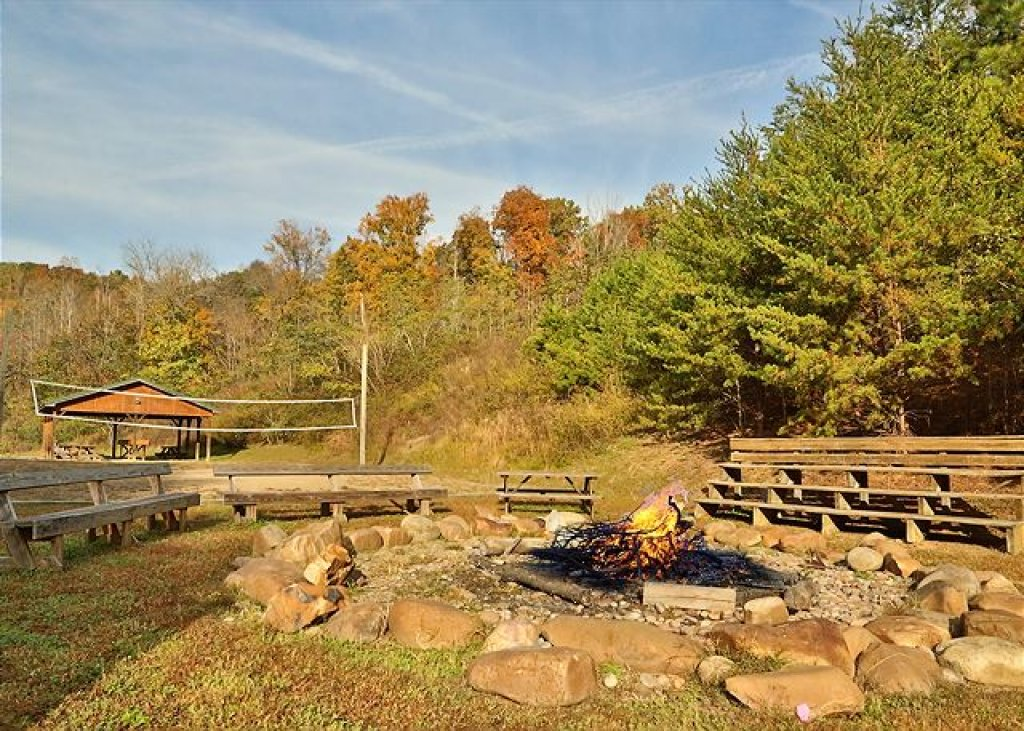 Photo of a Pigeon Forge Cabin named Pinnacle View 7b - This is the forty-first photo in the set.