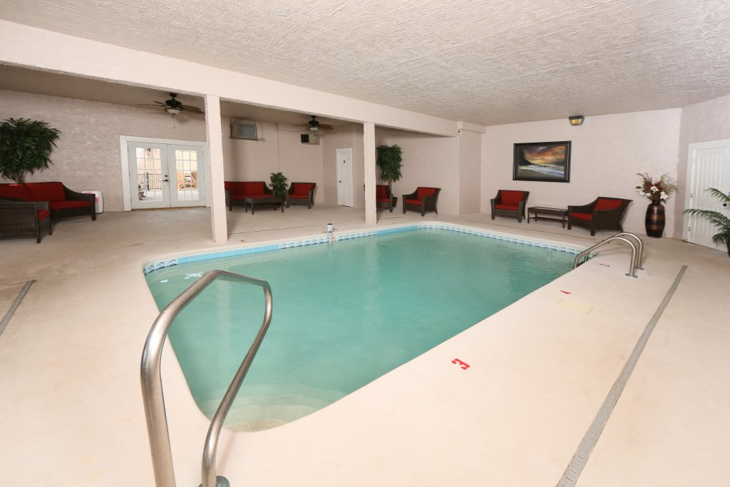 Photo of a Sevierville Cabin named Serenity Mountain Pool Lodge - This is the fourteenth photo in the set.