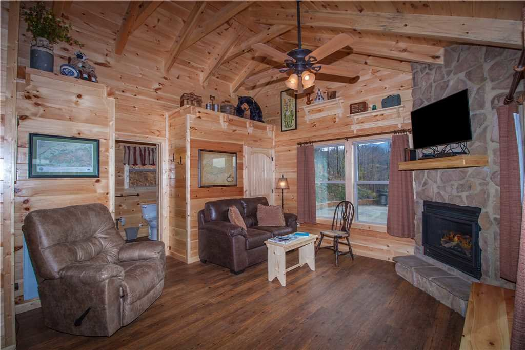 Photo of a Gatlinburg Cabin named Journey's End 2 - This is the sixth photo in the set.