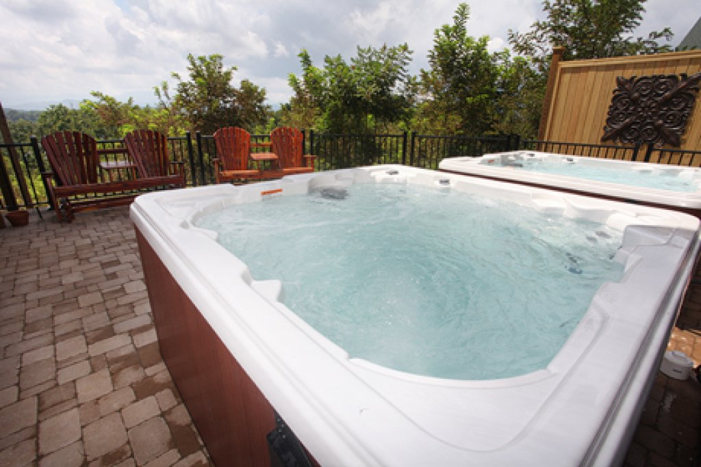 Photo of a Sevierville Cabin named Serenity Mountain Pool Lodge - This is the thirteenth photo in the set.