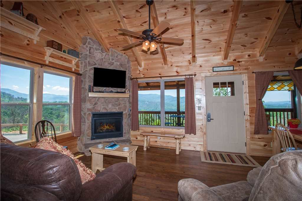 Photo of a Gatlinburg Cabin named Journey's End 2 - This is the fifth photo in the set.
