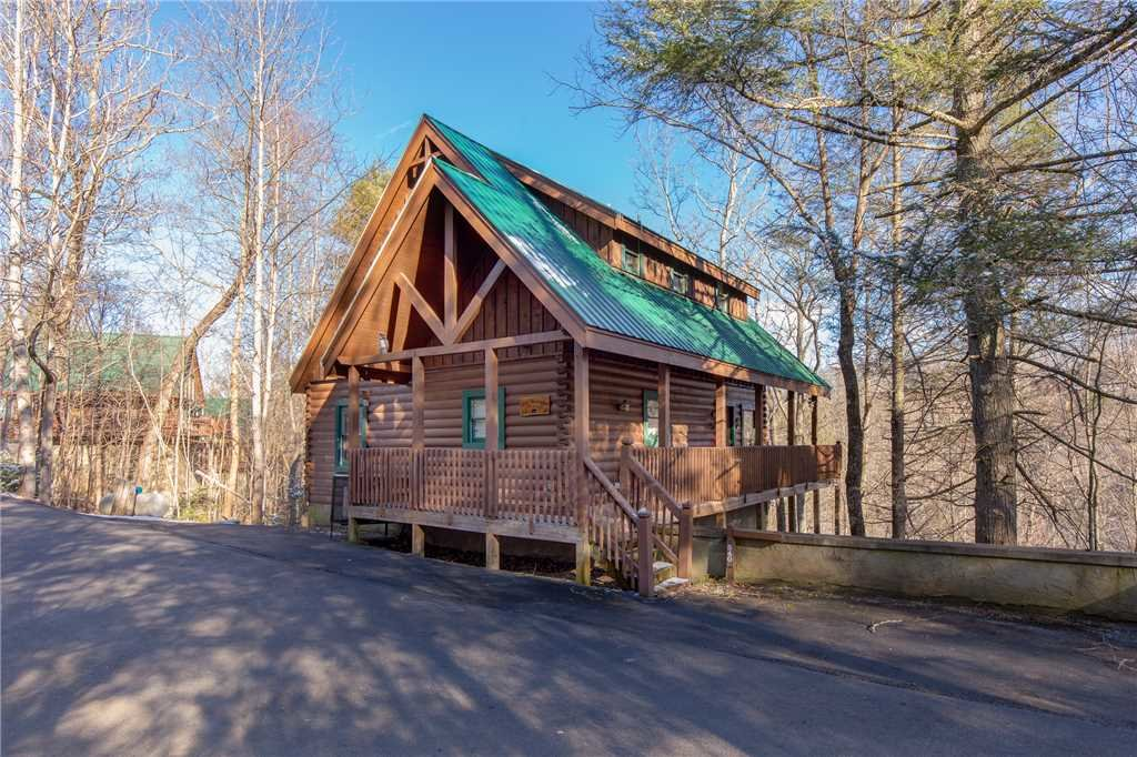 Photo of a Sevierville Cabin named Wildwood Cove - This is the twenty-third photo in the set.