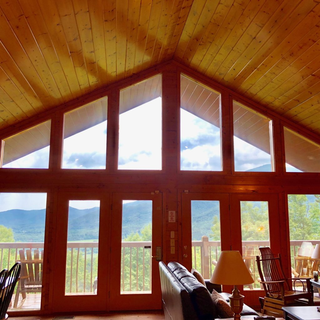 Photo of a Sevierville Cabin named Majestic Views - This is the thirteenth photo in the set.
