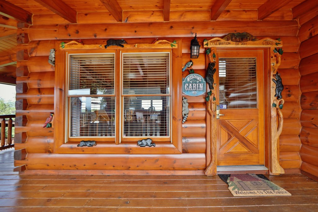 Photo of a Pigeon Forge Cabin named Celebration Lodge - This is the twenty-third photo in the set.