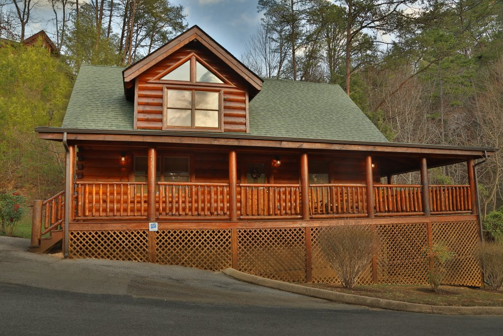 Photo of a Sevierville Cabin named Mountain Fun - This is the ninth photo in the set.
