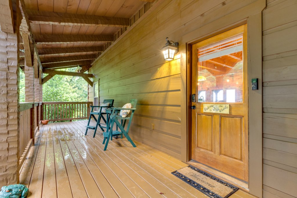 Photo of a Sevierville Cabin named Kickin' Back Jack - This is the tenth photo in the set.