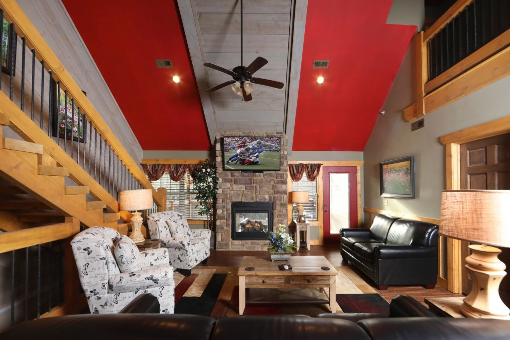 Photo of a Gatlinburg Cabin named Aqua Paradise - This is the ninth photo in the set.