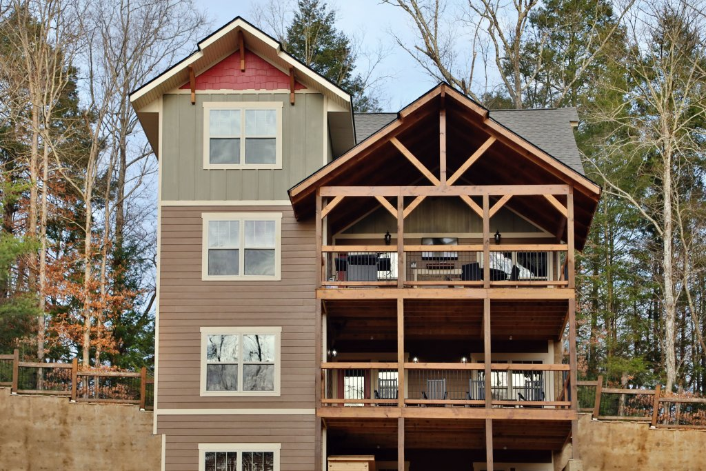Photo of a Gatlinburg Cabin named Aqua Paradise - This is the fifth photo in the set.