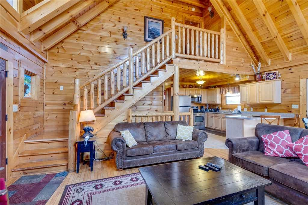 Photo of a Pigeon Forge Cabin named Valley Vista - This is the fifth photo in the set.