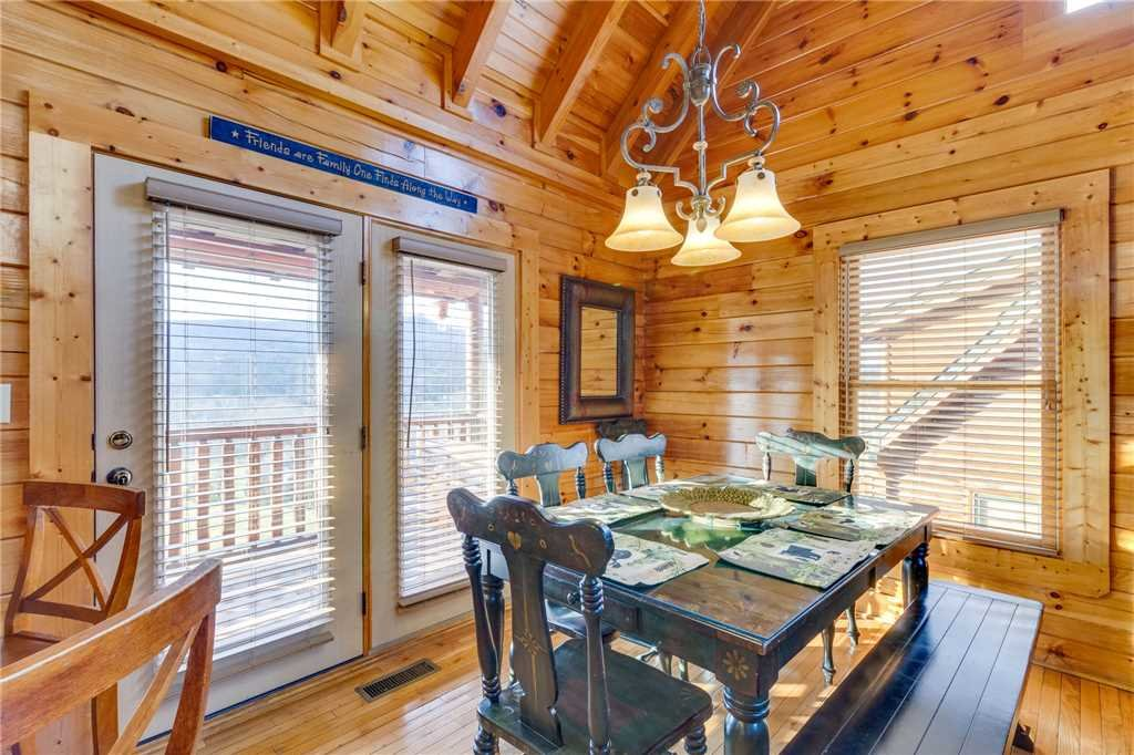 Photo of a Pigeon Forge Cabin named Valley Vista - This is the eighth photo in the set.