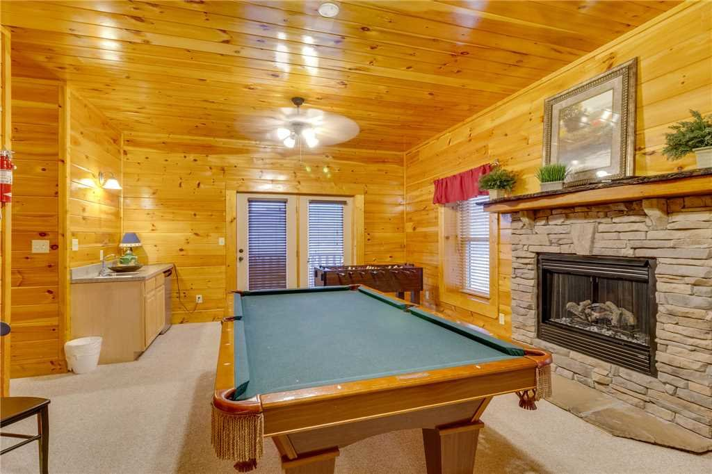 Photo of a Pigeon Forge Cabin named Valley Vista - This is the thirty-first photo in the set.