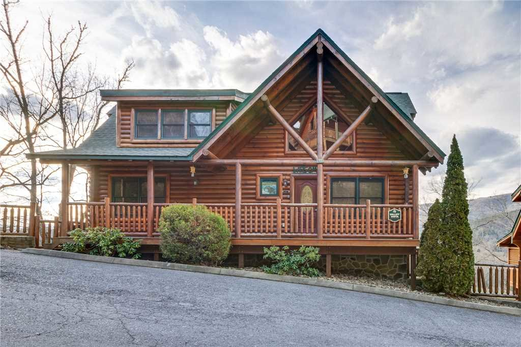 Photo of a Pigeon Forge Cabin named Valley Vista - This is the fifty-second photo in the set.