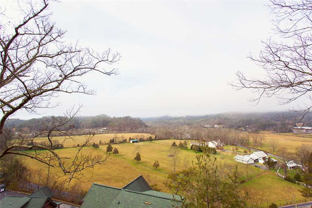 Photo of a Pigeon Forge Cabin named Valley Vista - This is the fifty-third photo in the set.
