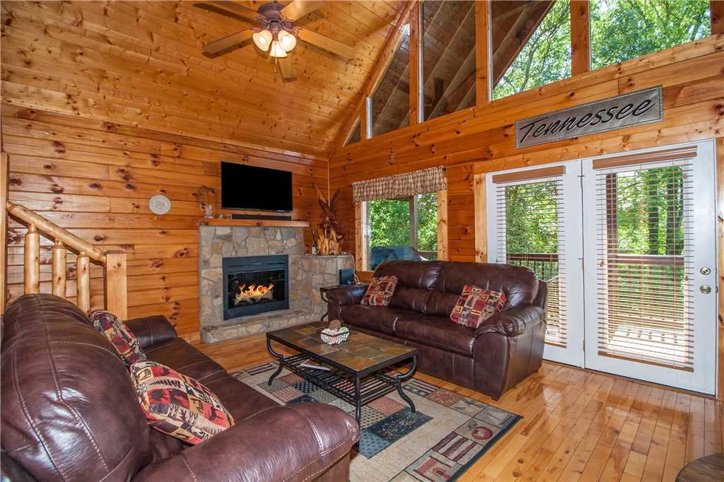 Photo of a Sevierville Cabin named Smoky Mountain Retreat - This is the fourth photo in the set.
