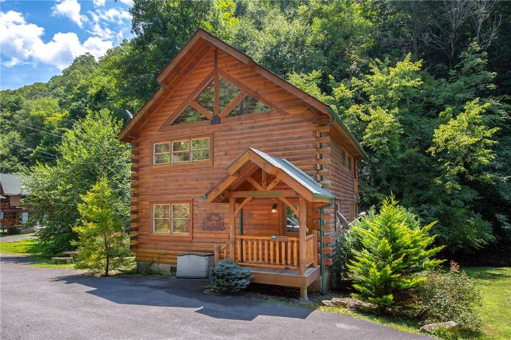 Photo of a Sevierville Cabin named Creekside Romance - This is the nineteenth photo in the set.