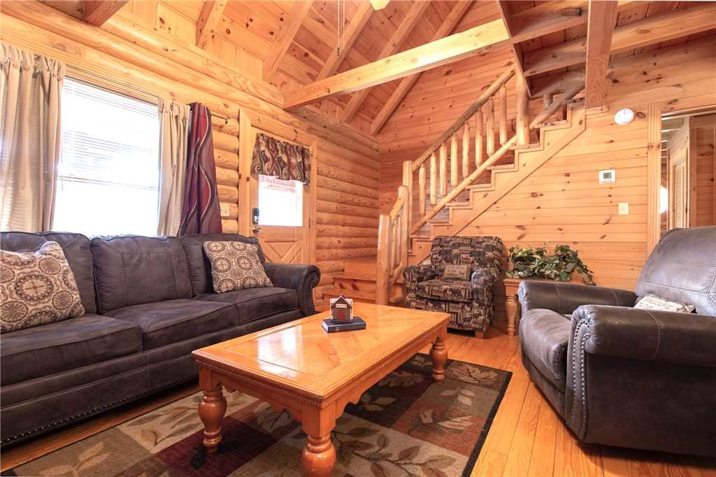 Photo of a Sevierville Cabin named Candle Light Cabin - This is the fourth photo in the set.