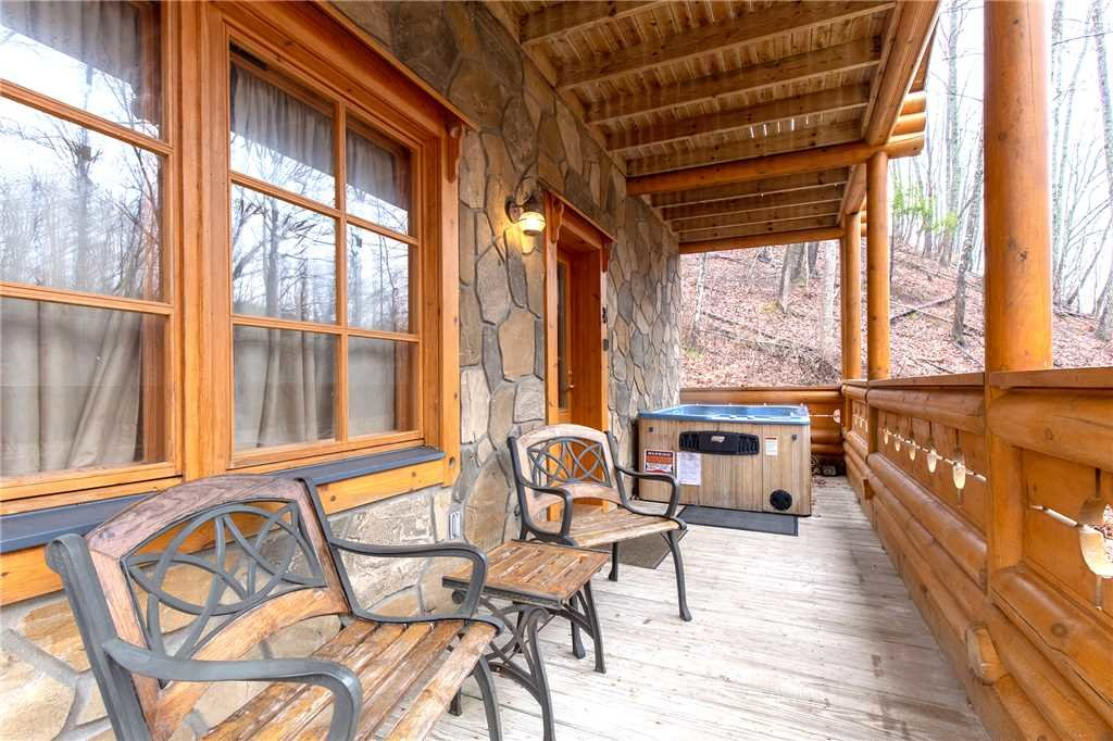 Photo of a Gatlinburg Cabin named Enchanted Forest - This is the nineteenth photo in the set.