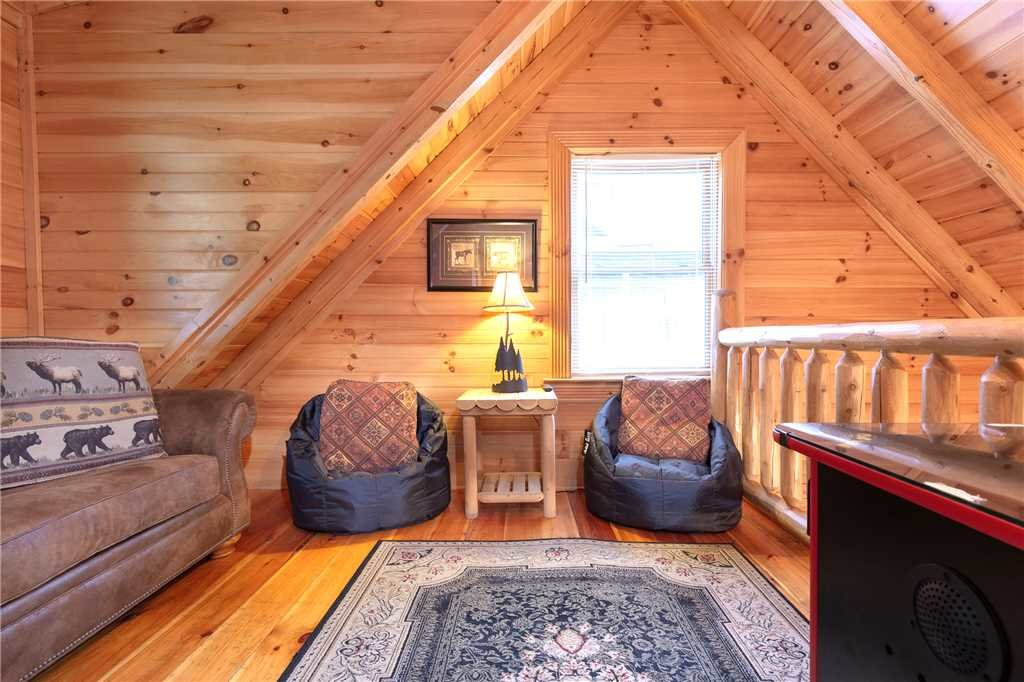 Photo of a Sevierville Cabin named Candle Light Cabin - This is the tenth photo in the set.