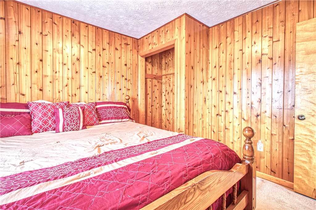 Photo of a Gatlinburg Cabin named Leconte View 1 - This is the twelfth photo in the set.