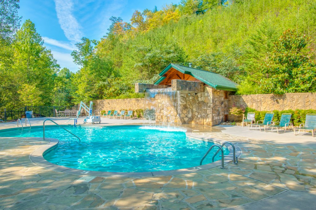 Photo of a Gatlinburg Cabin named Gatlinburg Majesty - This is the third photo in the set.