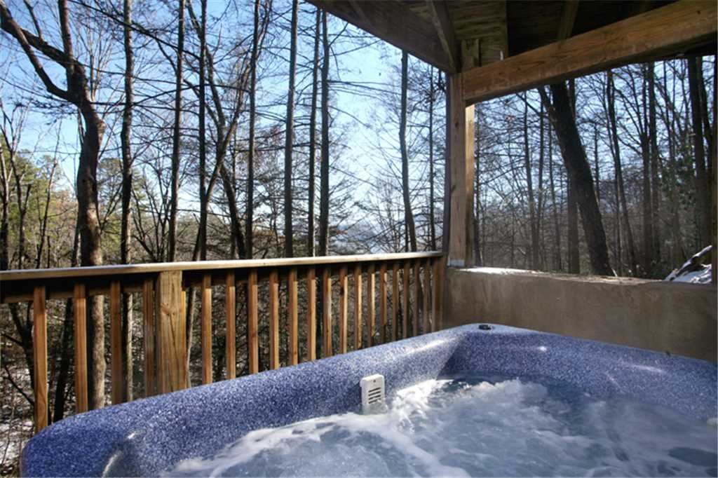 Photo of a Gatlinburg Cabin named Great Expectations - This is the nineteenth photo in the set.