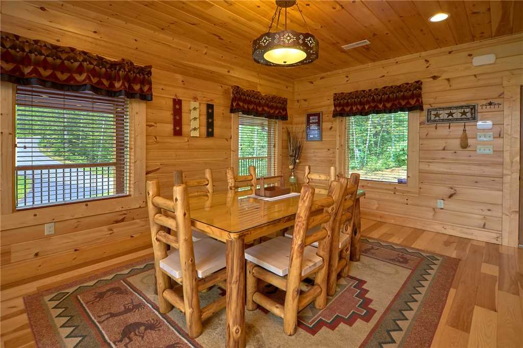 Photo of a Gatlinburg Cabin named Star Dancer - This is the sixth photo in the set.