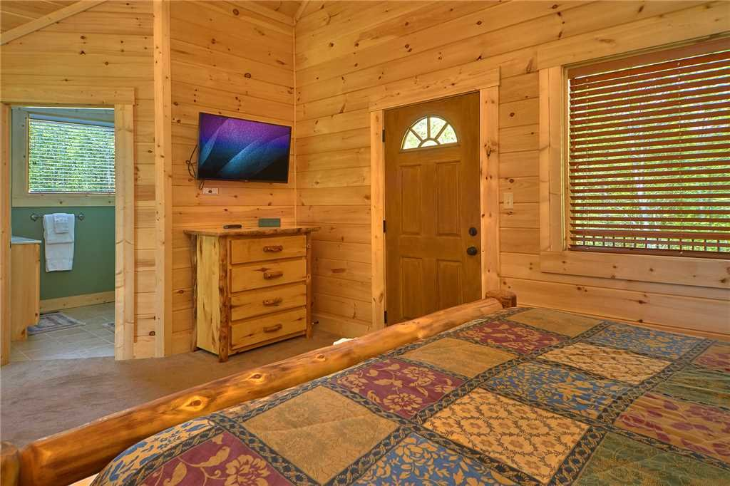 Photo of a Gatlinburg Cabin named Star Dancer - This is the twenty-seventh photo in the set.
