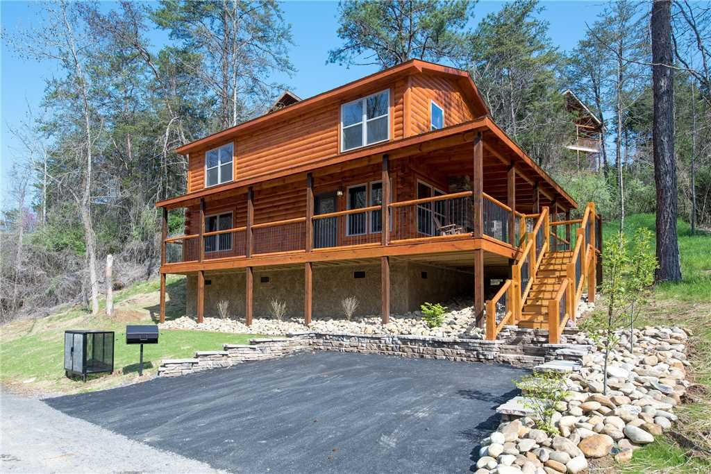 Photo of a Pigeon Forge Cabin named Woodland Escape - This is the twenty-first photo in the set.