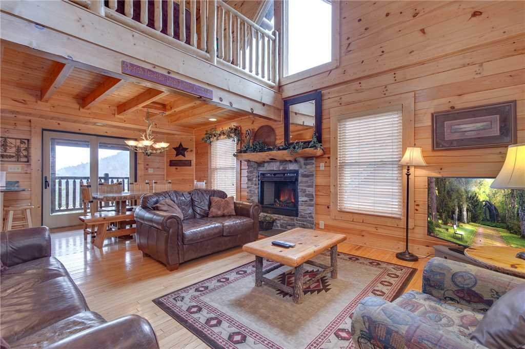Photo of a Pigeon Forge Cabin named Destiny's Lodge - This is the sixth photo in the set.
