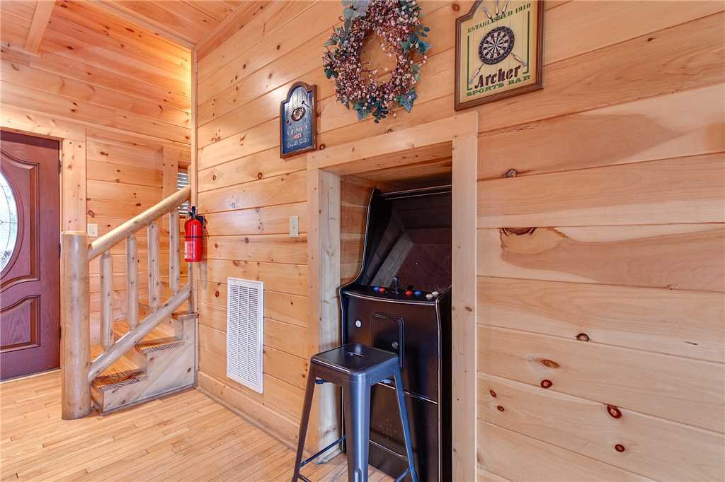 Photo of a Pigeon Forge Cabin named Destiny's Lodge - This is the twelfth photo in the set.