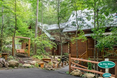 Save up to 20% on Spring stays | Idyllic Log Cabin tucked among the pines; ideal for Couples