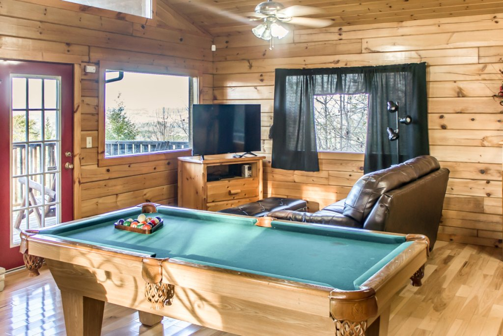 Photo of a Sevierville Chalet named Lucky Star - This is the eighth photo in the set.