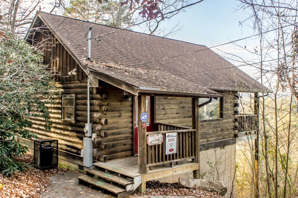 Photo of a Sevierville Chalet named Lucky Star - This is the seventeenth photo in the set.