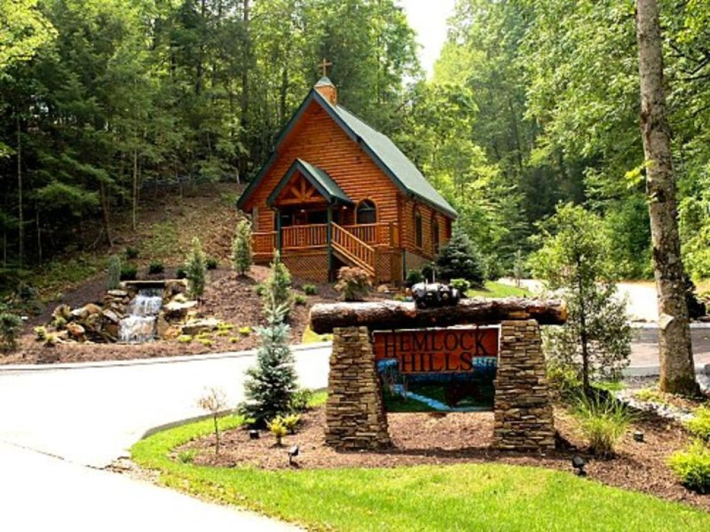 Photo of a Gatlinburg Cabin named Angels Rest - This is the fifty-eighth photo in the set.