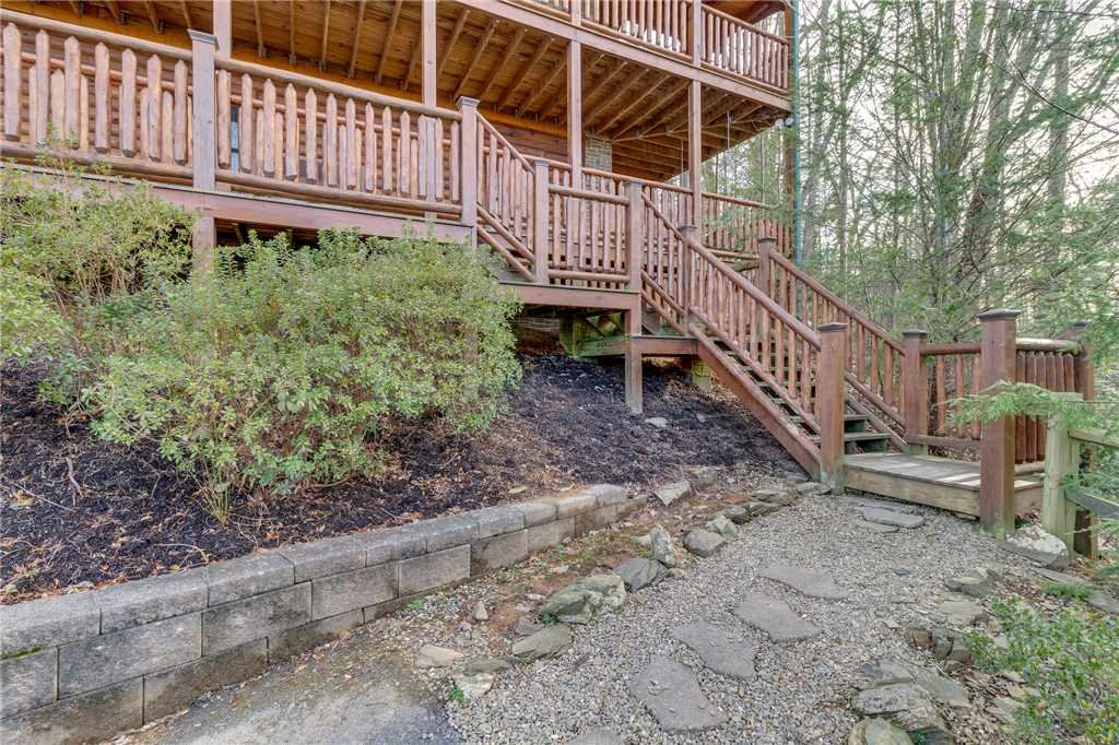 Photo of a Gatlinburg Cabin named Angels Rest - This is the fiftieth photo in the set.
